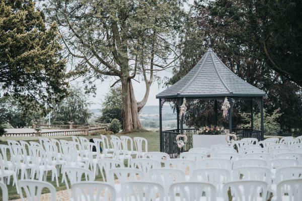 Barn Wedding Venue_Bredenbury Court Barns_Poppy-Carter-Portraits-Wedding-Photography-FrancesGrant-67