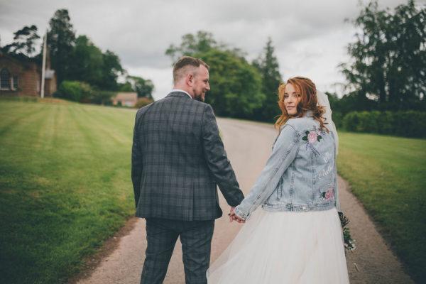 Rustic Wedding Venue_Bredenbury Court Barns_Abby & Mike_17_CopyrightDearestLove-1171