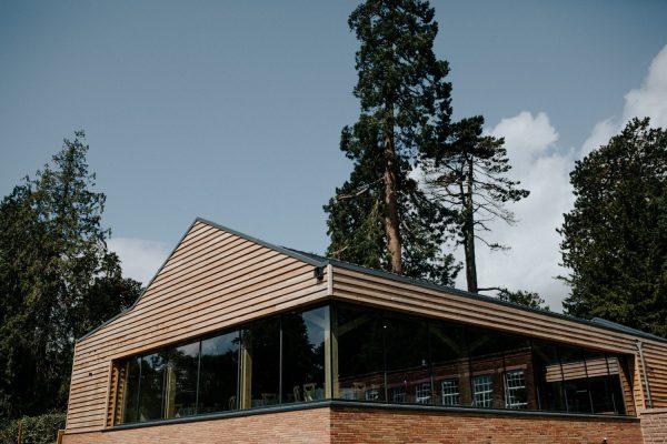 Outdoor Wedding Venues West Midlands_Bredenbury Court Barns_Stunning Wedding barn
