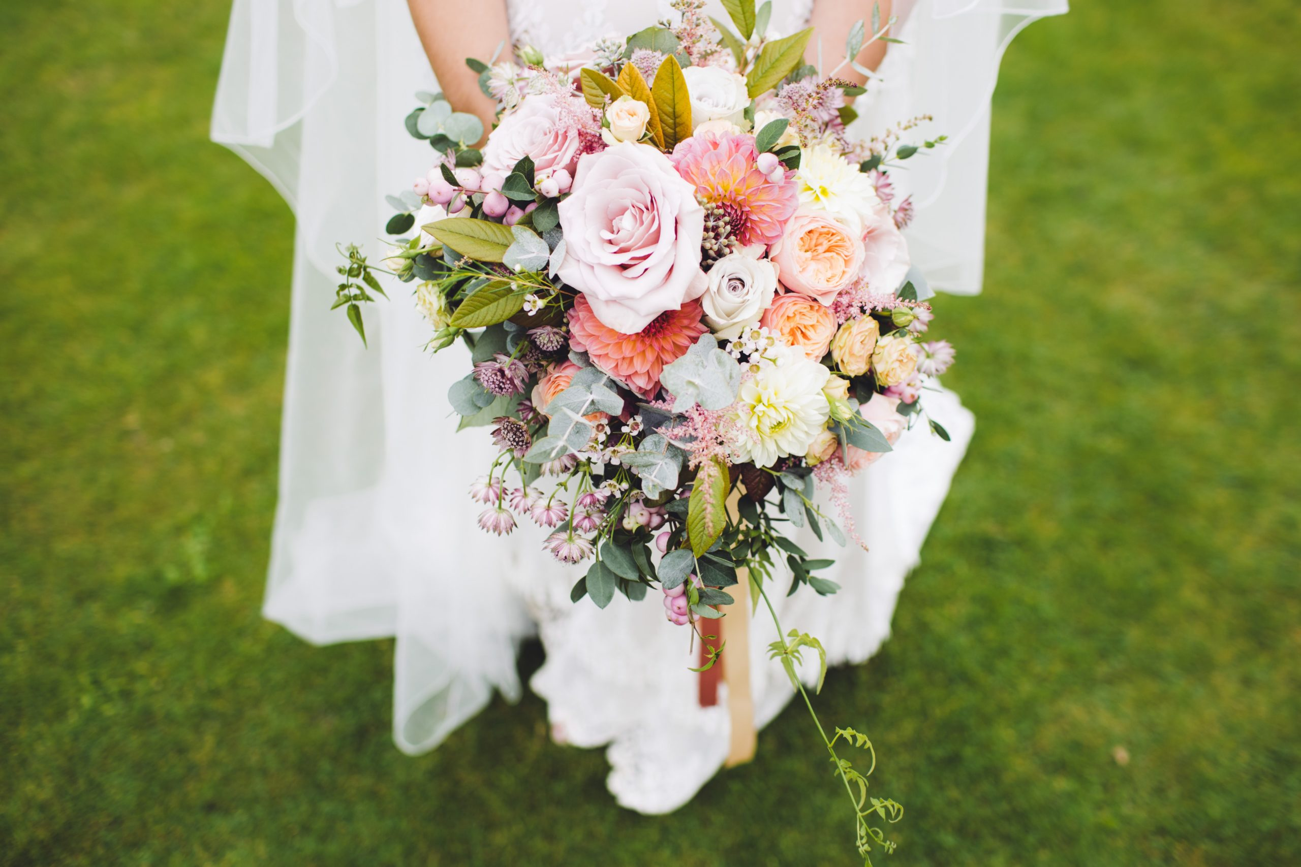 A Quick Guide To Wedding Flowers