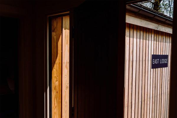 _0002_ELLIOT-W-PATCHING-PHOTOGRAPHY-BREDENBURY-COURT-BARNS-60