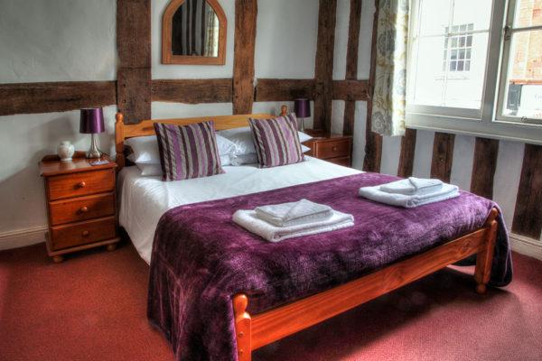 _0001_bedroom-in-The-Inn-at-Bromyard
