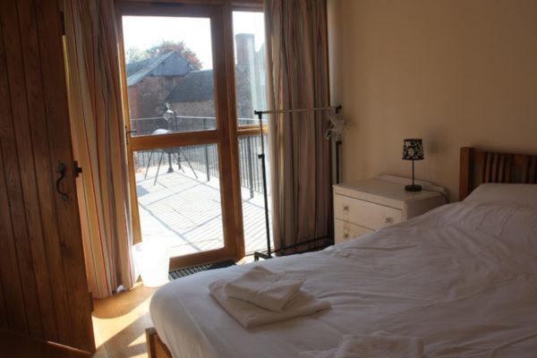 _0003_Bedroom2_large